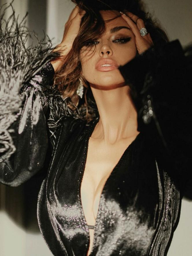 Madalina Ghenea khoả thân trên tạp chí đàn ông, nóng bỏng 'gây mê' - ảnh 5