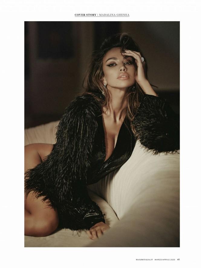 Madalina Ghenea khoả thân trên tạp chí đàn ông, nóng bỏng 'gây mê' - ảnh 7