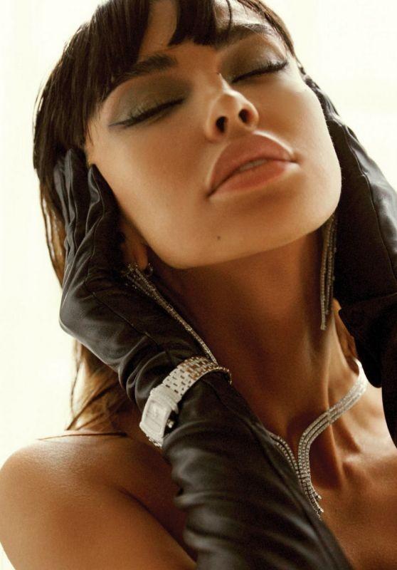 Madalina Ghenea khoả thân trên tạp chí đàn ông, nóng bỏng 'gây mê' - ảnh 8