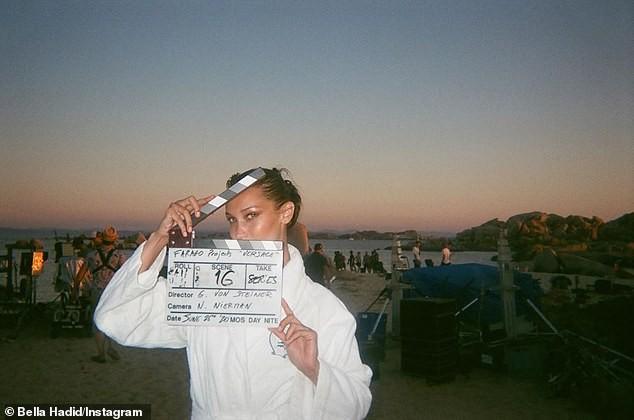 Hậu trường chụp ảnh quảng cáo siêu nóng bỏng của 'chân dài' đắt giá Bella Hadid  - ảnh 6