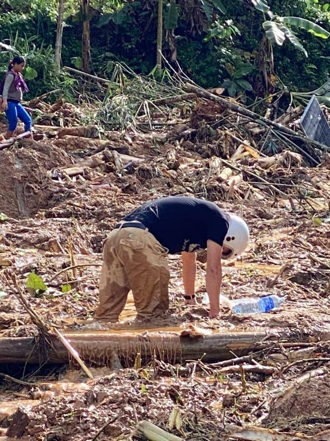 53 người mất tích do sạt lở núi ở Quảng Nam, quân đội vào hiện trường - ảnh 1