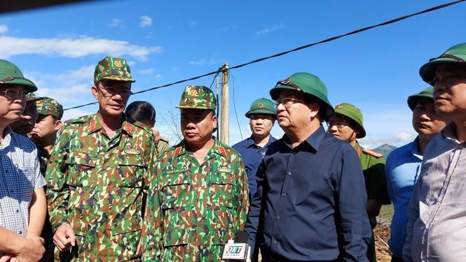 Vụ sạt lở 43 người mất tích ở Quảng Nam: Tìm được hàng chục người còn sống - ảnh 17