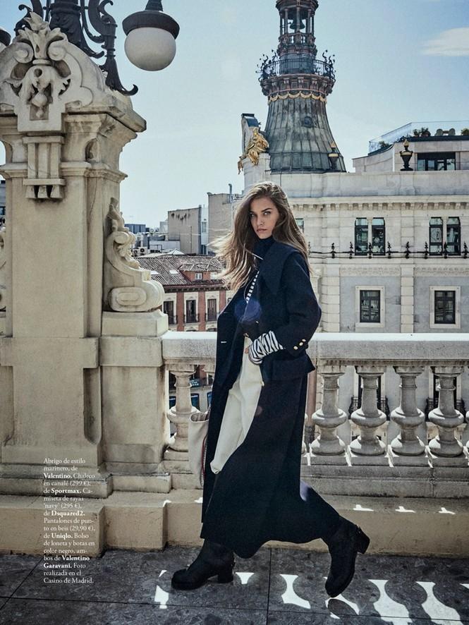 Cô gái Tây Ban Nha 'thả rông' nóng bỏng trên tạp chí danh tiếng - ảnh 8
