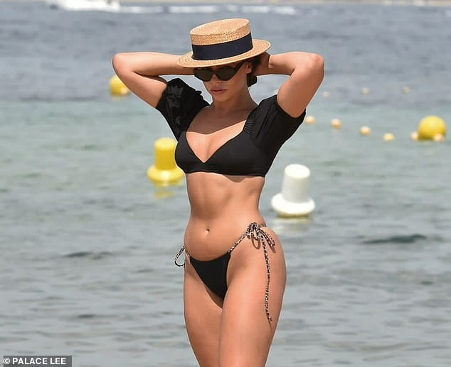 Francesca Allen khiến fan 'loạn nhịp' bởi quá sắc vóc quá hoàn hảo, nóng bỏng với bikini - ảnh 4