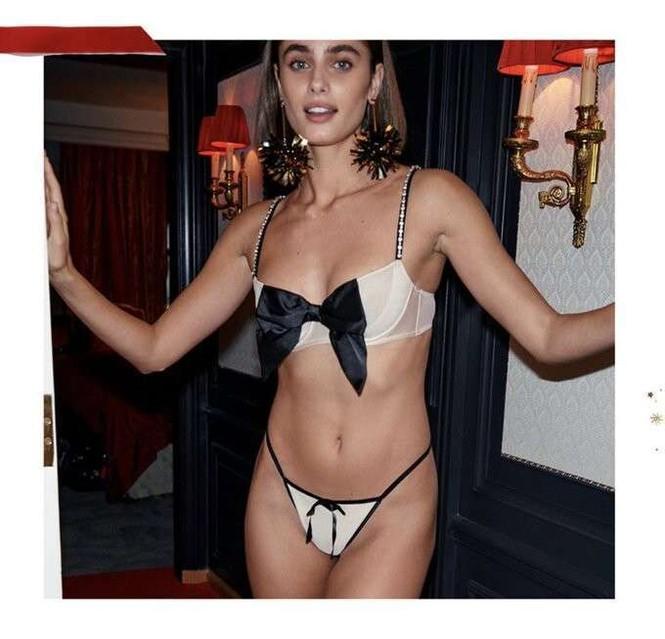 Dàn mẫu nóng bỏng phô diễn hình thể với nội y Victoria's Secret - ảnh 12