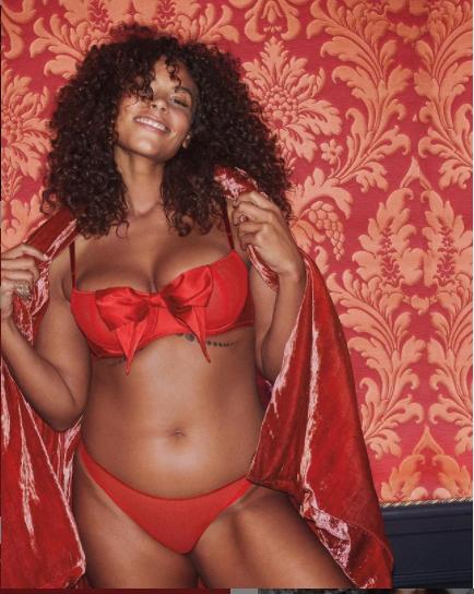 Dàn mẫu nóng bỏng phô diễn hình thể với nội y Victoria's Secret - ảnh 7