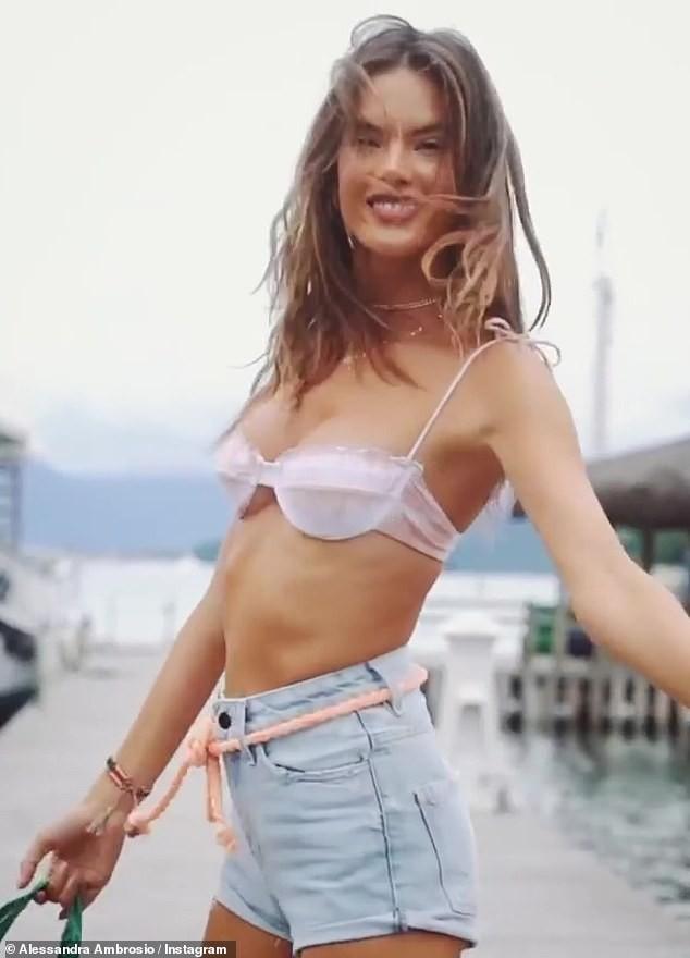 Cựu 'thiên thần nội y' Alessandra Ambrosio đẹp ngất ngây với bikini - ảnh 6