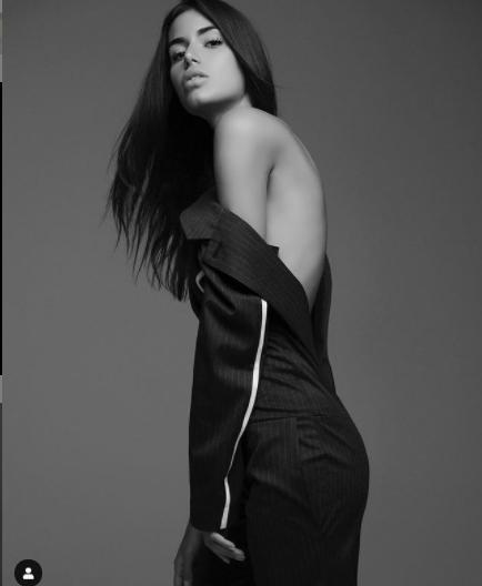 Hoa hậu Hoàn vũ Hy Lạp 2018 'thả rông' nóng bỏng trên tạp chí - ảnh 9