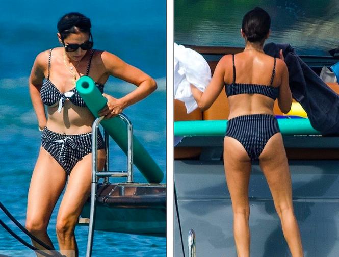 Bà xã của Simon Cowel mặc bikini phô dáng đẹp ngỡ ngàng ở tuổi U50 - ảnh 1