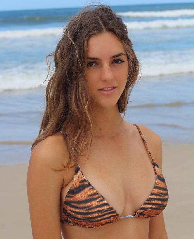 Sắc vóc gợi cảm 'gây thương nhớ' của nàng mẫu 18 tuổi Emily Feld - ảnh 6