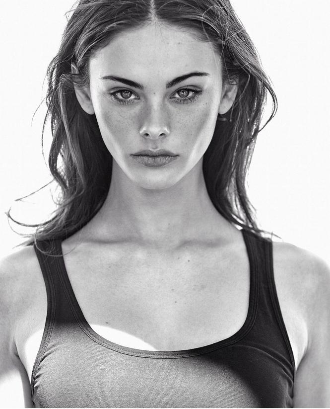 Ngắm nhan sắc cô gái 17 tuổi lọt top 3 gương mặt đẹp nhất thế giới - ảnh 7