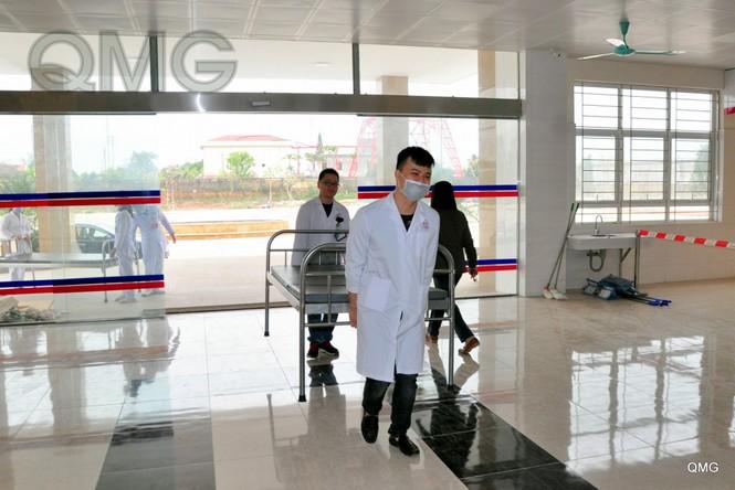Móng Cái đưa vào sử dụng bệnh viện cách ly đặc biệt với quy mô 500 giường bệnh - ảnh 4