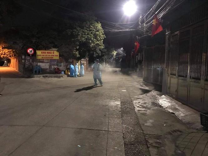 Phát hiện ca nhiễm Covid-19, Quảng Ninh bật chế độ khẩn cấp - ảnh 2