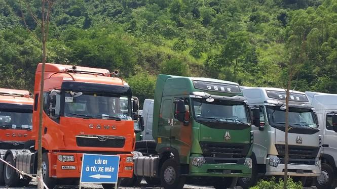 Ồ ạt nhập xe tải khủng Trung Quốc: Hậu quả khó lường - ảnh 1