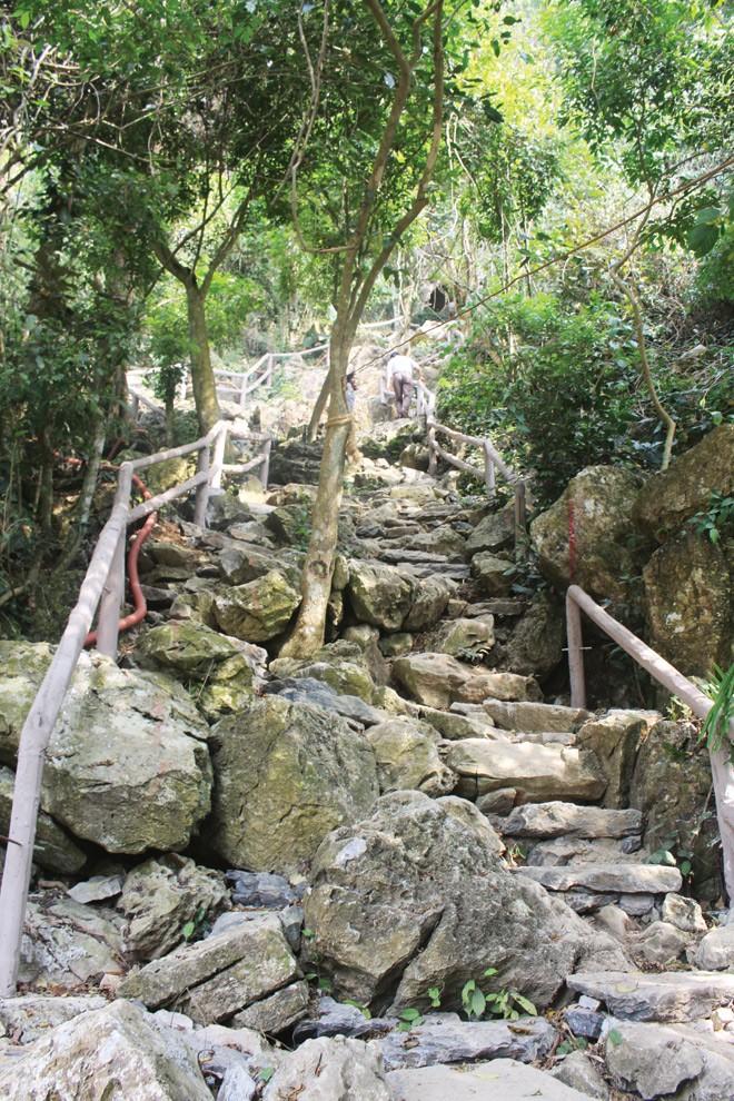 Về vùng đất cổ Con Moong - ảnh 1