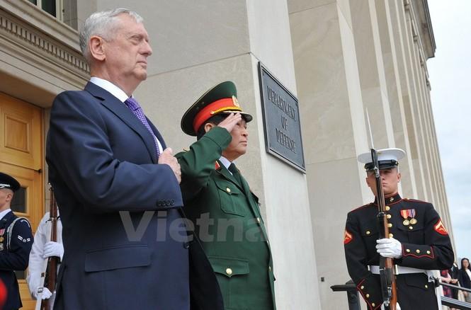Hoạt động của Bộ trưởng Quốc phòng Ngô Xuân Lịch tại Hoa Kỳ - ảnh 3