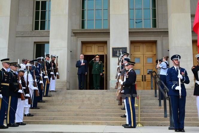 Hoạt động của Bộ trưởng Quốc phòng Ngô Xuân Lịch tại Hoa Kỳ - ảnh 6