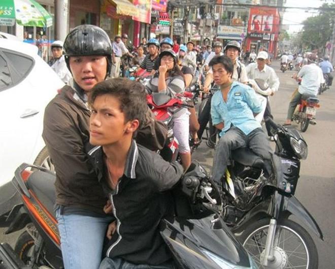 Khuyến cáo người dân cách ứng phó với cướp - ảnh 1