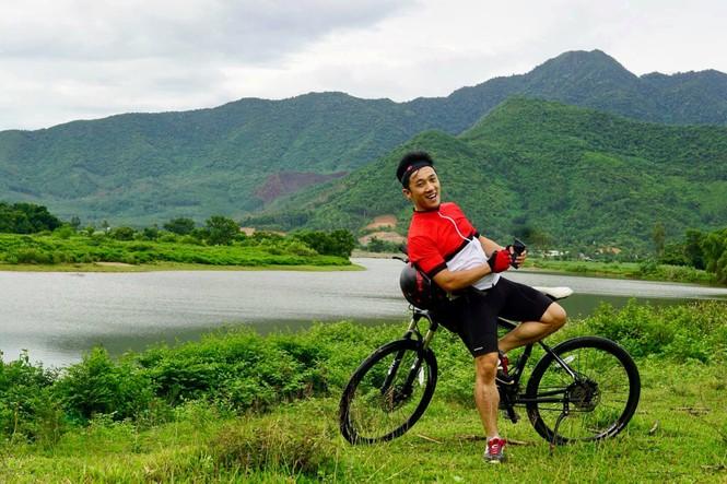 Quang Hào - từ ca sĩ đến giám đốc - ảnh 1