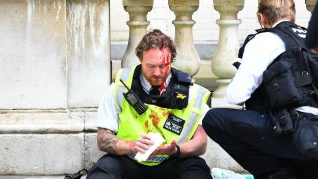 Tranh cãi gay gắt về làn sóng biểu tình tại Vương quốc Anh  - ảnh 4