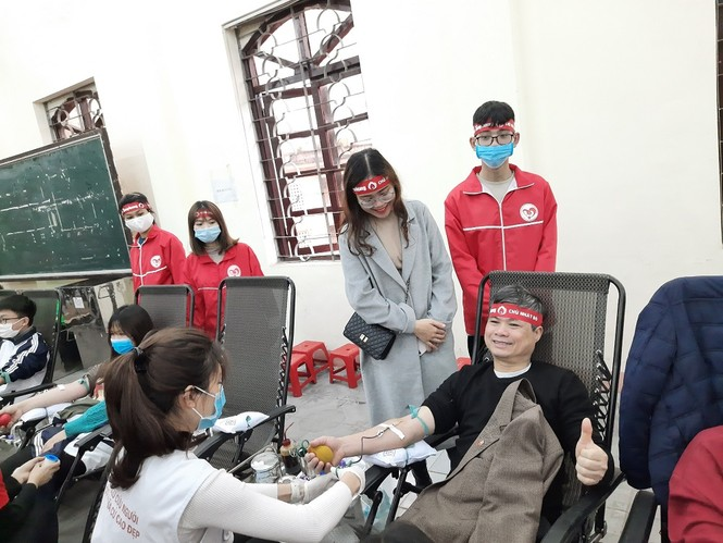 Sinh viên Đại học Y dược Thái Nguyên: Giọt máu cho đi là giọt máu còn mãi - ảnh 7