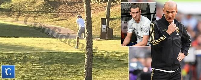 Gareth Bale đánh golf trong lúc Real Madrid thua Tottenham - ảnh 1