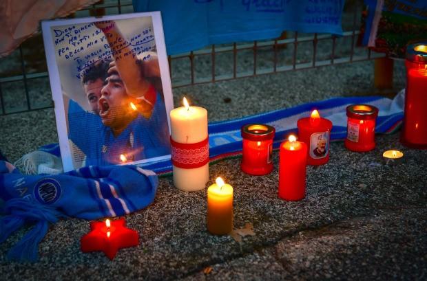 Napoli thắng đậm sau buổi lễ tri ân Maradona đầy xúc động - ảnh 6