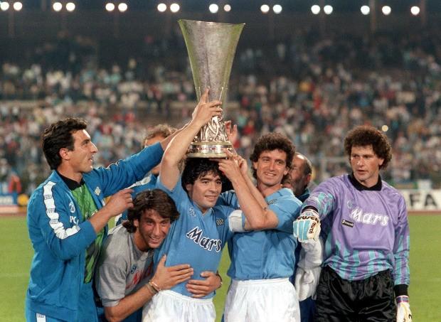 Napoli thắng đậm sau buổi lễ tri ân Maradona đầy xúc động - ảnh 2