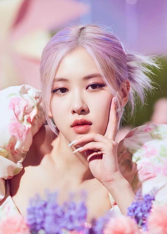 Top 10 mỹ nhân đẹp nhất châu Á, Lisa (Blackpink) 'vượt mặt' Địch Lệ Nhiệt Ba - ảnh 8