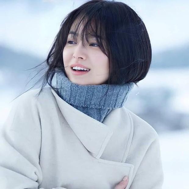Ảnh 'xinh gái' từ bé của tài tử Tạ Đình Phong khiến fan 'mắt tròn mắt dẹt' - ảnh 4