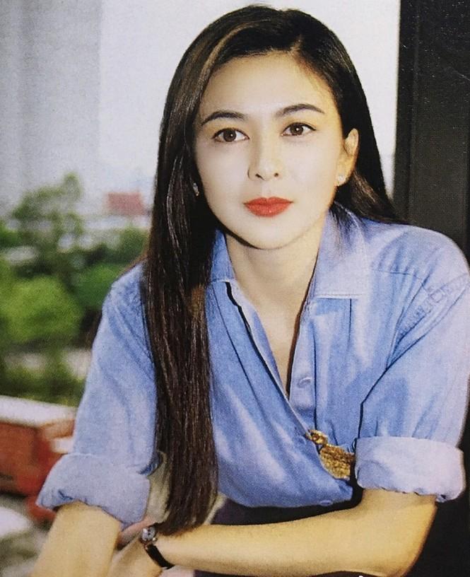 Thổn thức trước vẻ đẹp thời trẻ của 'đệ nhất mỹ nhân Hồng Kông' Quan Chi Lâm - ảnh 3
