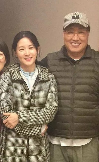 Dân mạng 'sốc' khi thấy dung mạo chồng sắp bước sang tuổi 70 của 'nàng Dae Jang Geum' - ảnh 1