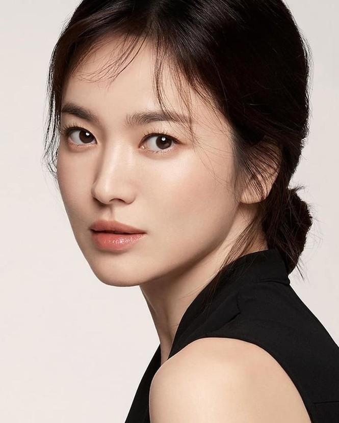 Song Hye Kyo mũm mĩm thuở mới vào nghề từng nặng tới 70kg - ảnh 4