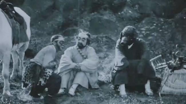 Từng có phiên bản 'Tây Du Ký' kinh dị, hở hang, chỉ phát sóng 1 tập đã bị cấm chiếu - ảnh 7