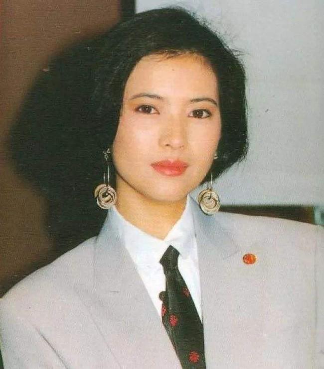 Hai bạn trai tự tử và những cuộc tình bi kịch của Lam Khiết Anh - ảnh 1