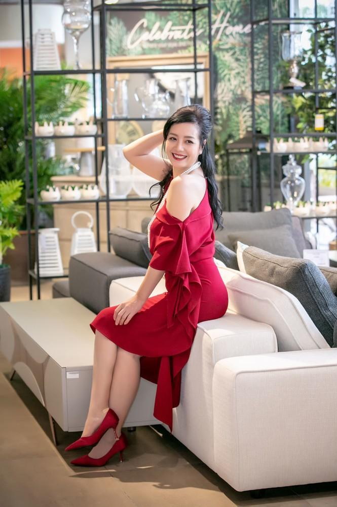 Thân hình gợi cảm với bikini của nghệ sĩ Chiều Xuân ở tuổi 52 - ảnh 5