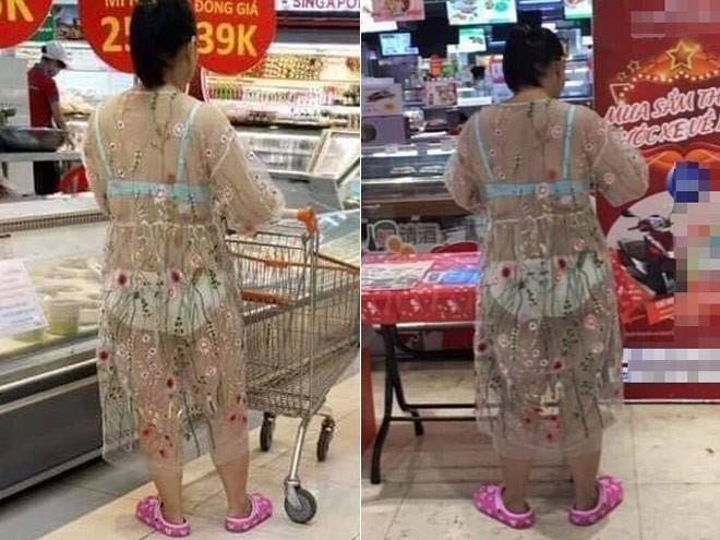 Trang phục như đi biển ở siêu thị, người phụ nữ bị chỉ trích về 'văn hoá ăn mặc' - ảnh 1