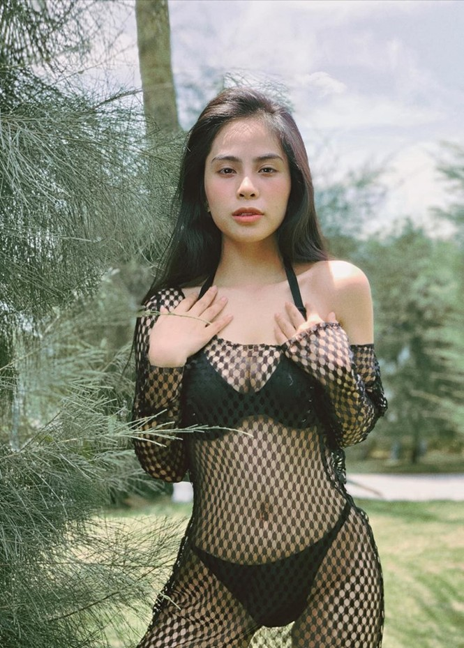 Ca nương Kiều Anh 'đốt mắt' người nhìn với ảnh bikini khoe ngực căng đầy - ảnh 3