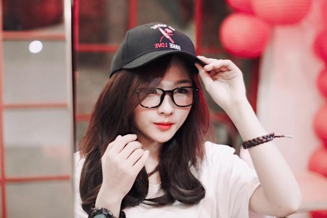 Hot girl cưỡng hôn đồng giới Dương trong 'Về nhà đi con' ngoại truyện là ai? - ảnh 7