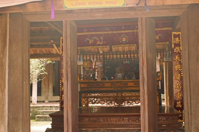 Chiêm ngưỡng vẻ đẹp di sản vẹn nguyên ở làng cổ Đường Lâm  - ảnh 17