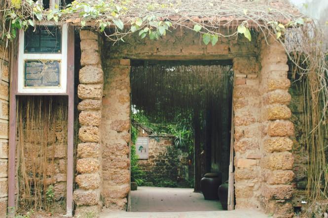 Chiêm ngưỡng vẻ đẹp di sản vẹn nguyên ở làng cổ Đường Lâm  - ảnh 4