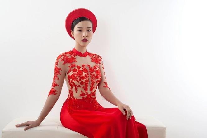 Bạn trai Tây sắp kết hôn với MC Hoàng Oanh là ai? - ảnh 2