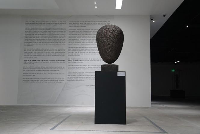 Ngắm những tác phẩm điêu khắc độc đáo của các nghệ sĩ tiêu biểu châu Á  - ảnh 15