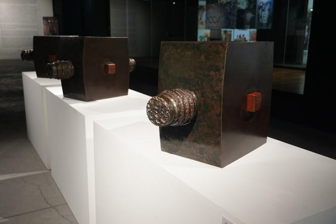 Ngắm những tác phẩm điêu khắc độc đáo của các nghệ sĩ tiêu biểu châu Á  - ảnh 17