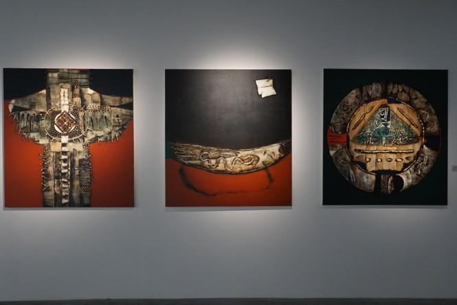 Chiêm ngưỡng tranh của các nghệ sĩ tiêu biểu Châu Á quy tụ tại Hà Nội - ảnh 3