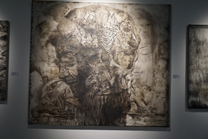 Chiêm ngưỡng tranh của các nghệ sĩ tiêu biểu Châu Á quy tụ tại Hà Nội - ảnh 8