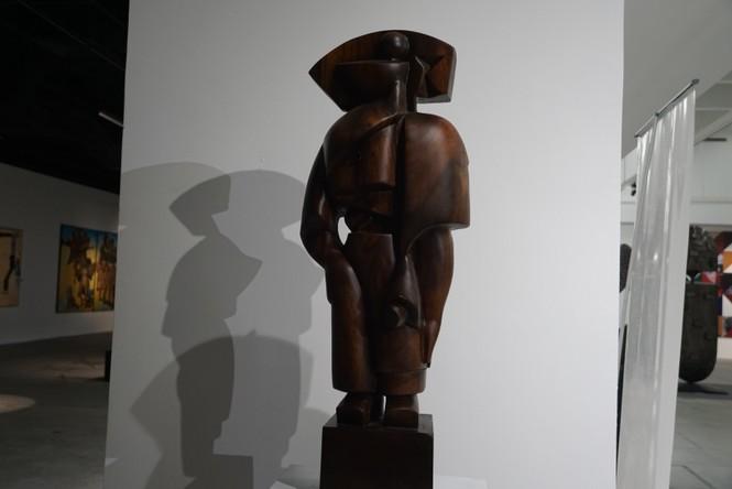 Ngắm những tác phẩm điêu khắc độc đáo của các nghệ sĩ tiêu biểu châu Á  - ảnh 2
