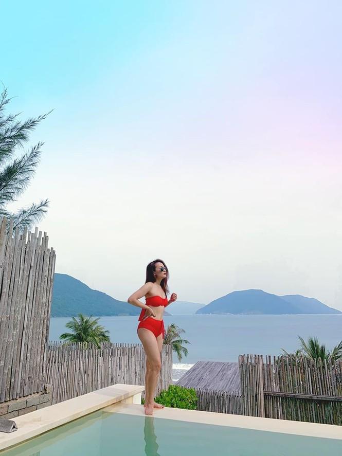 Bảo Thanh lại khiến dân mạng phát 'sốt' với ảnh bikini gợi cảm - ảnh 2
