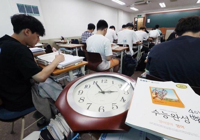Một đời mắc 'bệnh bận', chỉ học và ôn thi ở Hàn Quốc - ảnh 3