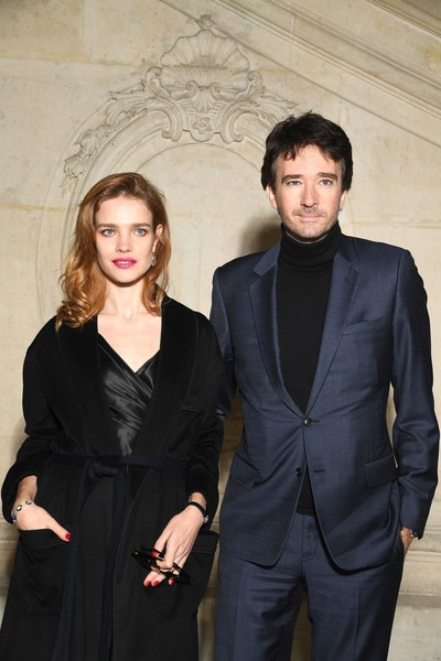 Hành trình từ cô bé bán rong thành 'Lọ lem nước Nga' của con dâu nhà Louis Vuitton danh giá   - ảnh 12